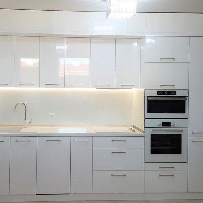 Кухня в Модерен Стил L-3