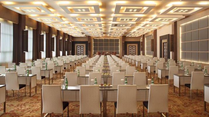 Мебели за тържества и бизнес конференции Ликс мебел Бургас
