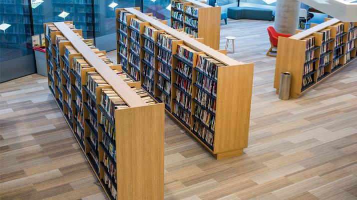 Модерна училищна библиотека Ликс Мебел Бургас