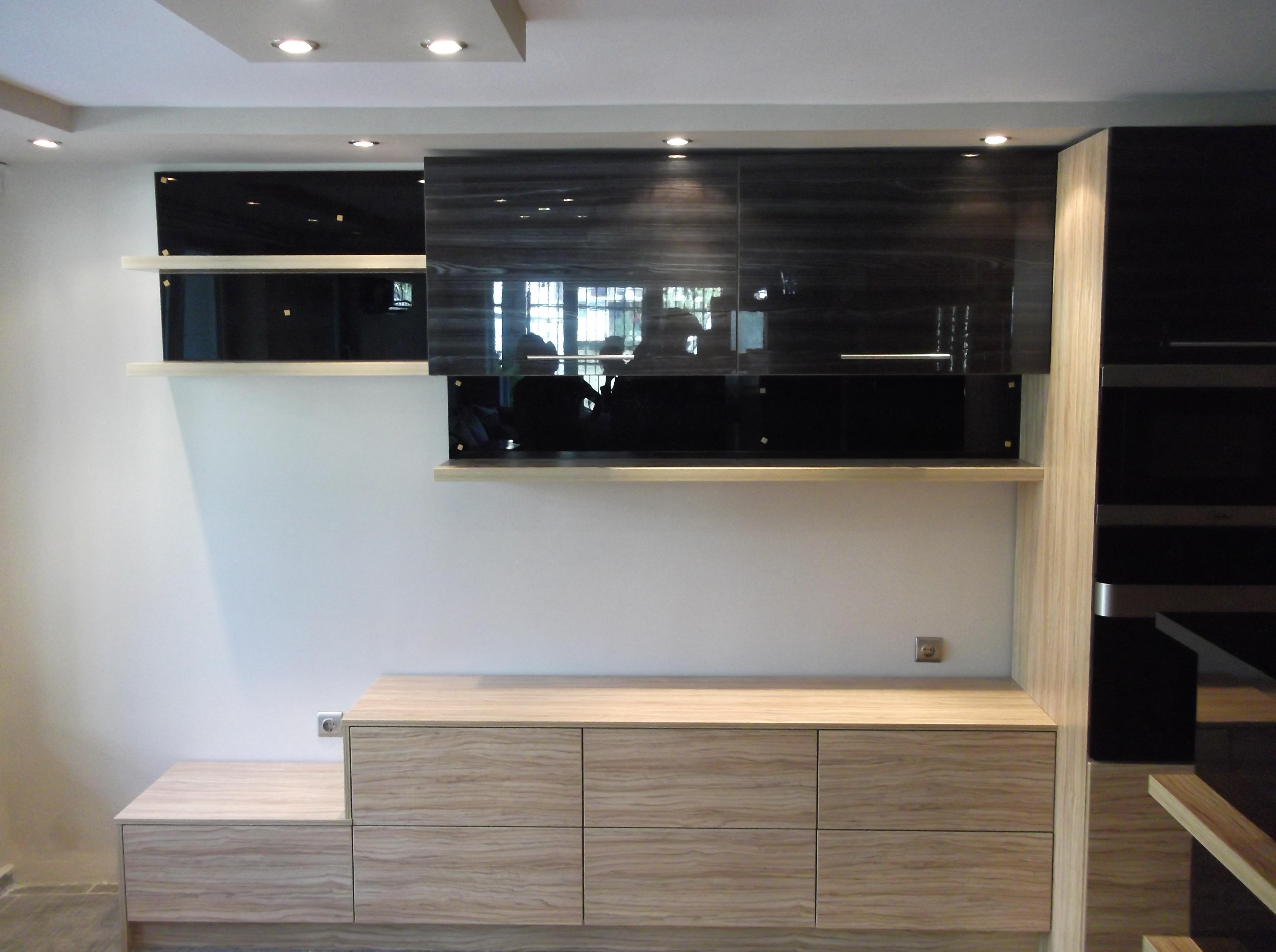 Кухня в модерен стил L- 4