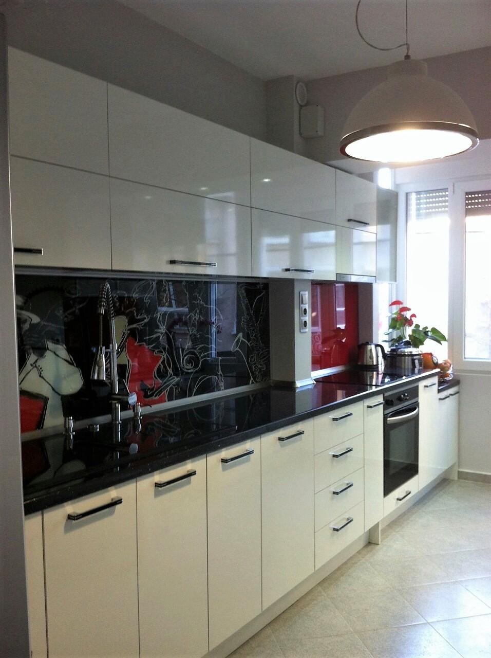 Кухня в модерен стил L- 5