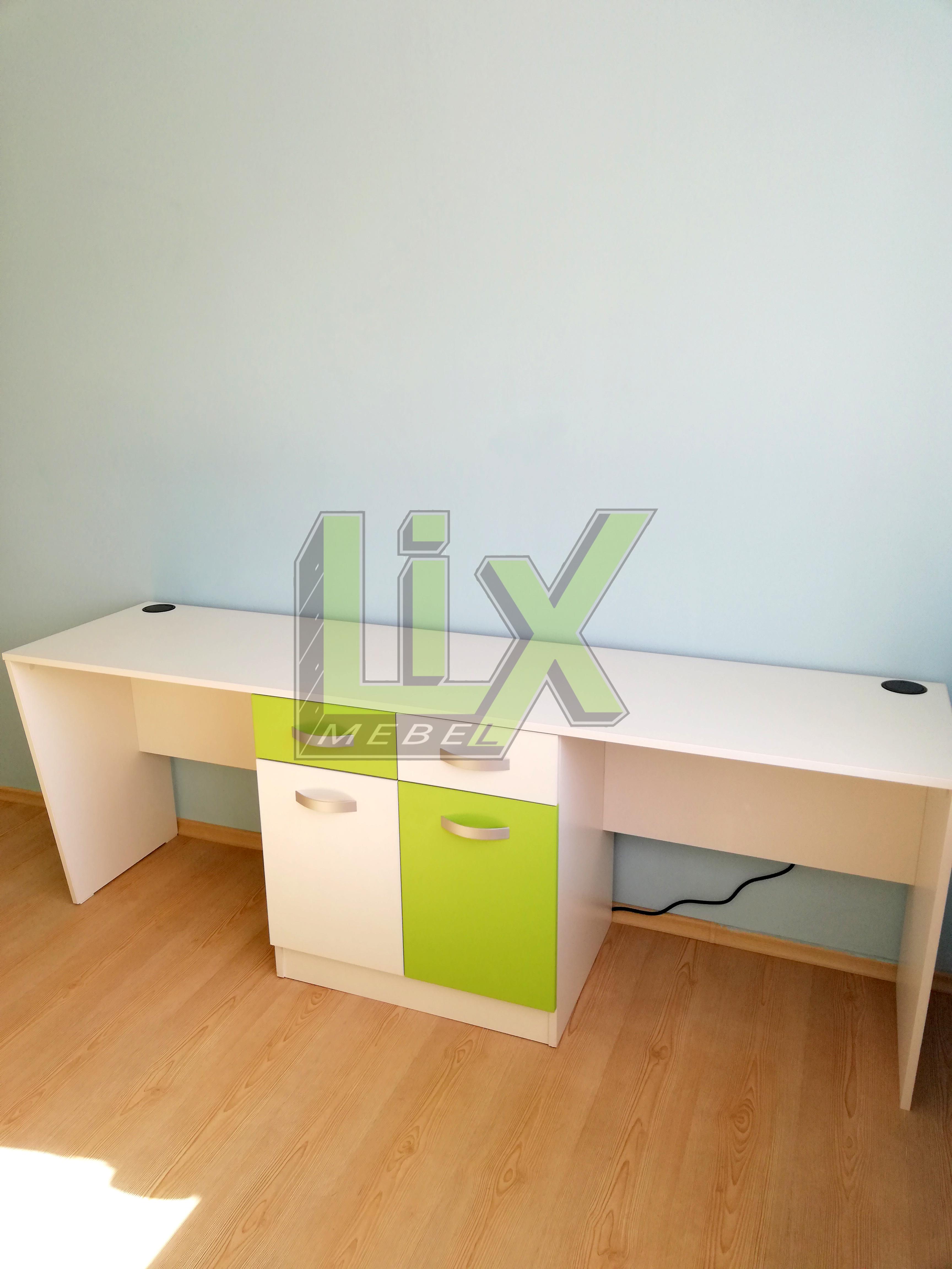 бюро-детска-стая